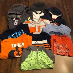 Toddler Boys 24mo/2T bundle, 4 Hoodies and 6 Tops